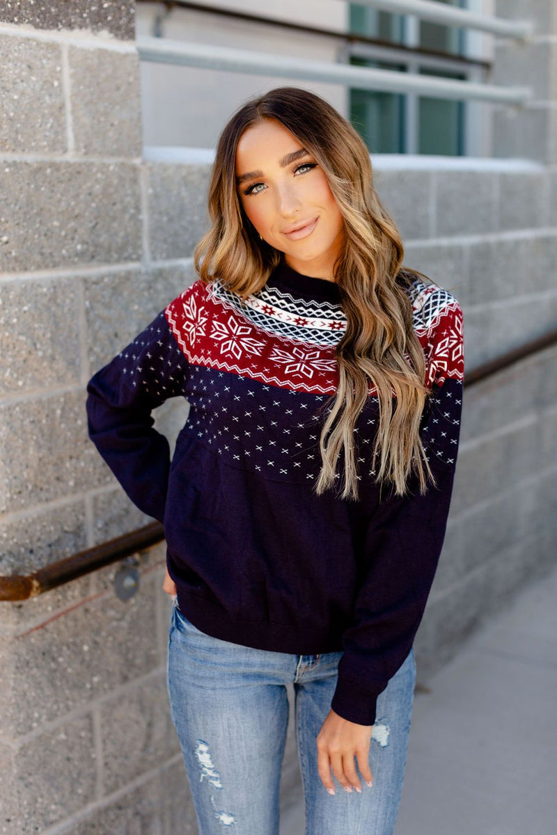 Ampersand Pullover Sweatshirt | Ski Lodge