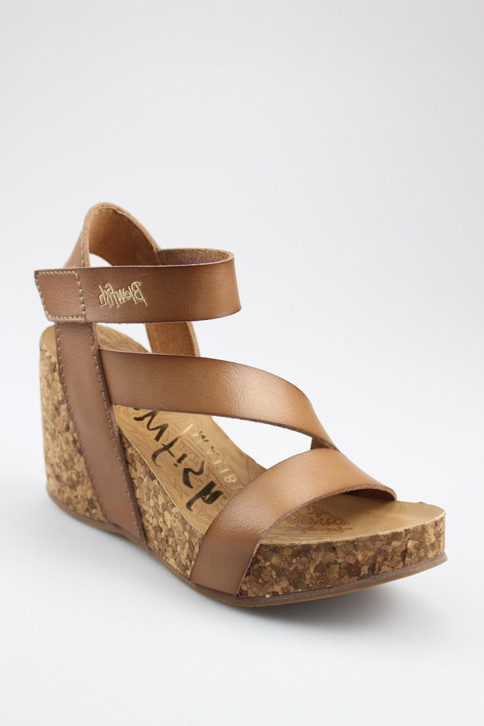 *FINAL SALE* Blowfish HAPUKU | Sandal | Arabian Sand Dyecut