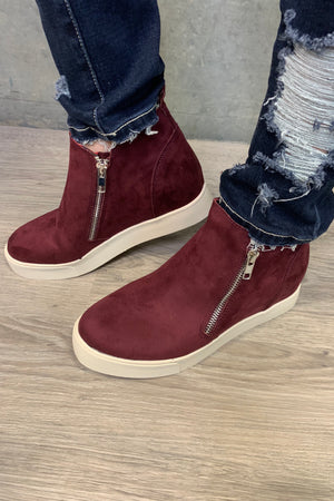 Taylor Wedges - Wine Suede