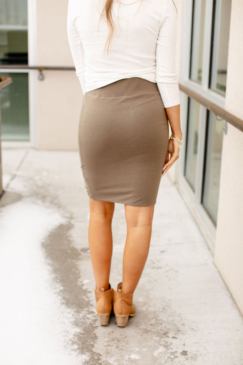 Ampersand Ruched Pencil Skirt | Army