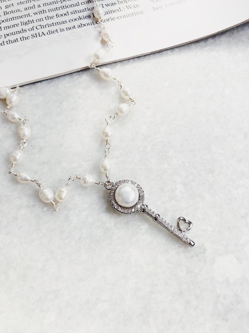 Hayden Pearl & Sterling Silver Rhinestone Key Charm Necklace - amannequin - amannequin