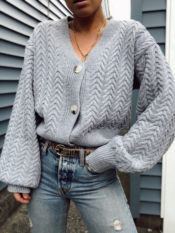 BLAKE CABLE KNIT CARDIGAN SWEATER - GRAY