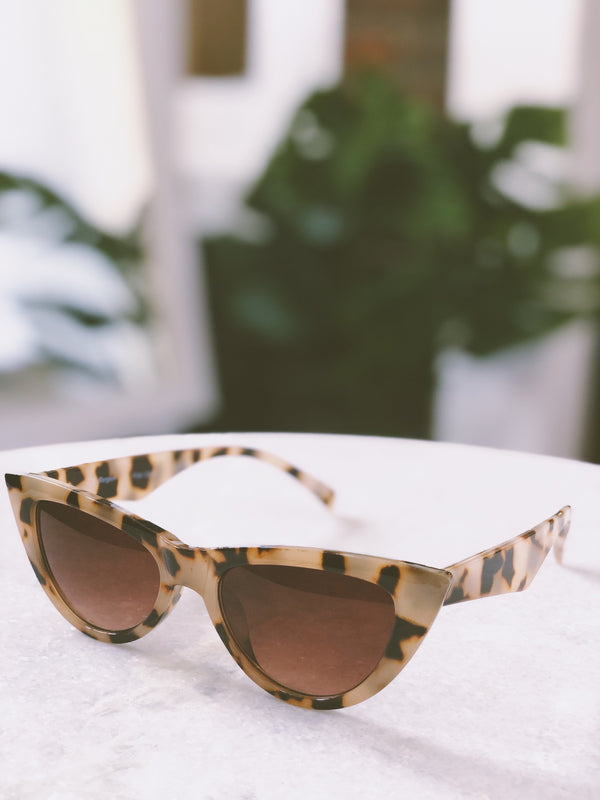 Essex Tortoise Cat Eye Sunglasses by AJ Morgan-sunnies-aj morgan-AMQN Boutique