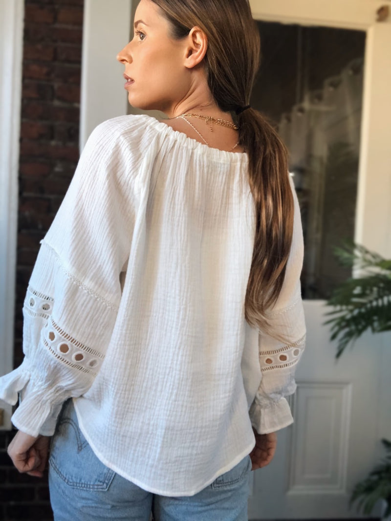 Elliot Crochet Lace Puff Sleeve Top - White - amannequin - amannequin