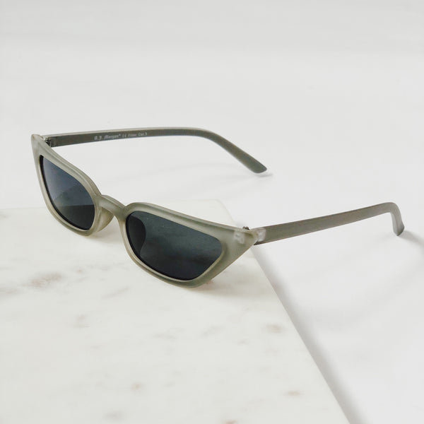 Royale Matte Gray Cat Eye Sunglasses by AJ Morgan - amannequin - amannequin