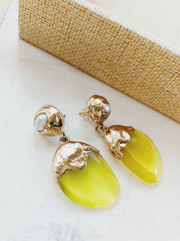 Calla Yellow Sterling Silver Mother of Pearl Drop Earrings - amannequin - amannequin