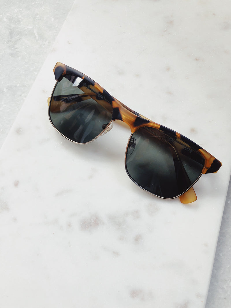Adele Aviator Sunglasses by AJ Morgan - amannequin - amannequin