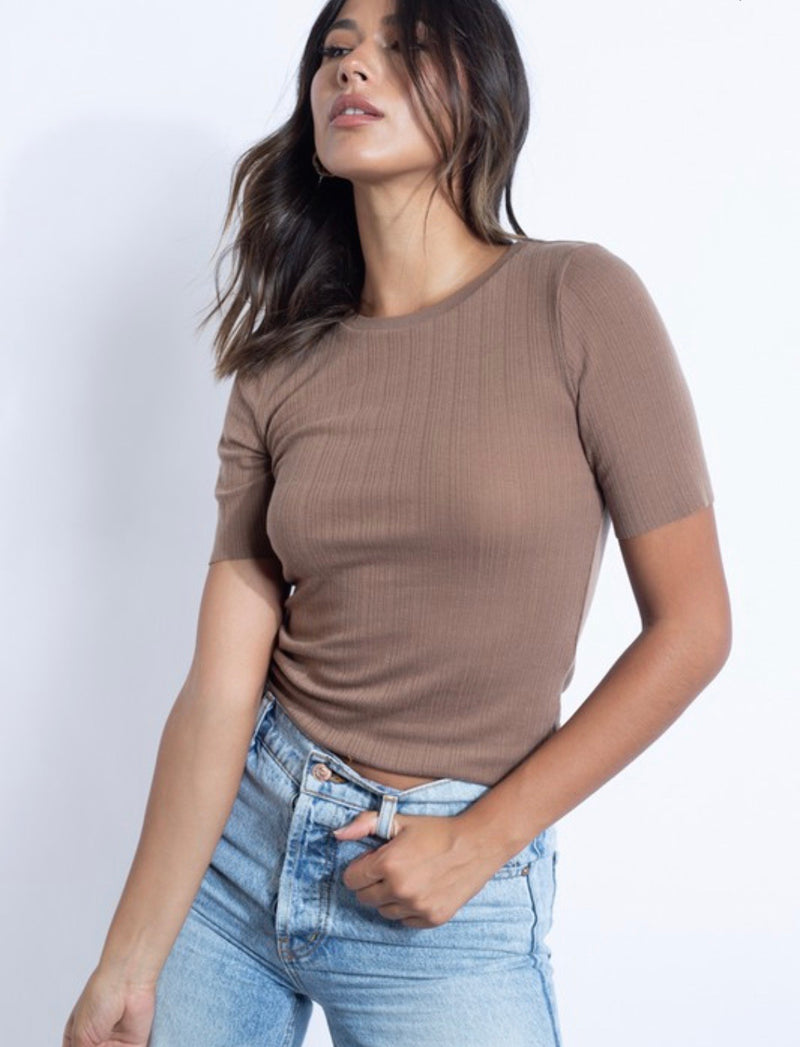 MICHELLE RIB KNIT SHORT SLEEVE TOP