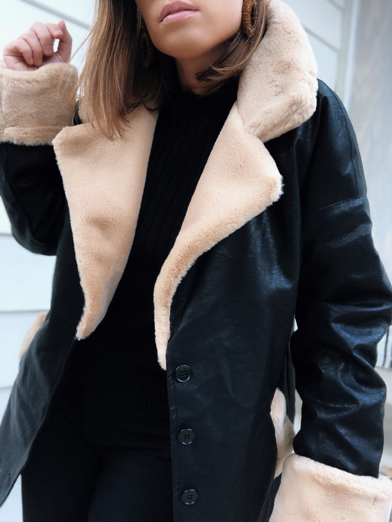 Mata Contrast Faux Fur Collar Vegan Leather Coat - Black-jacket-emory park-AMQN Boutique