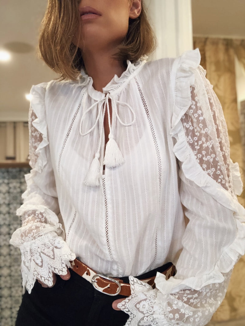 LEONA LACE & RUFFLE JACQUARD TOP - OFF WHITE