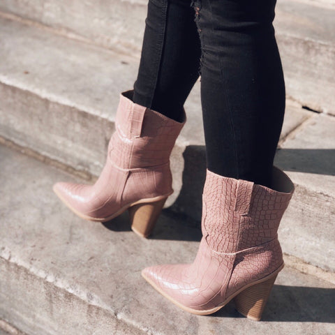 Lana Blush Pink Pointy Toe Cowboy Boots - amannequin - amannequin