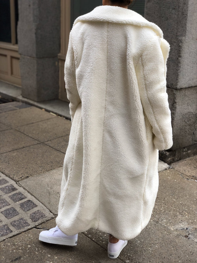 Mellow Longline Teddy Coat - Ivory-jacket-Emory Park-AMQN Boutique