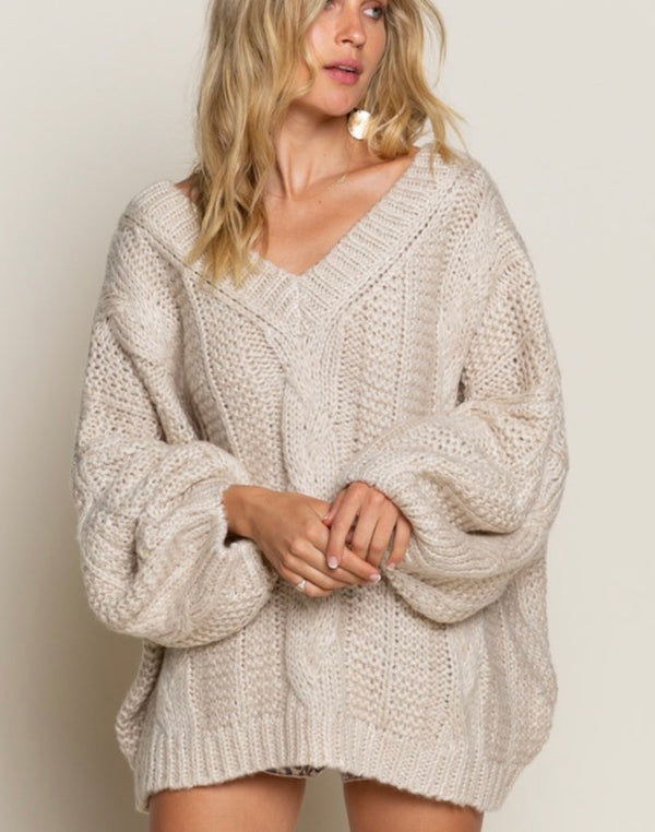 AUTUMN OVERSIZED CABLE KNIT SWEATER