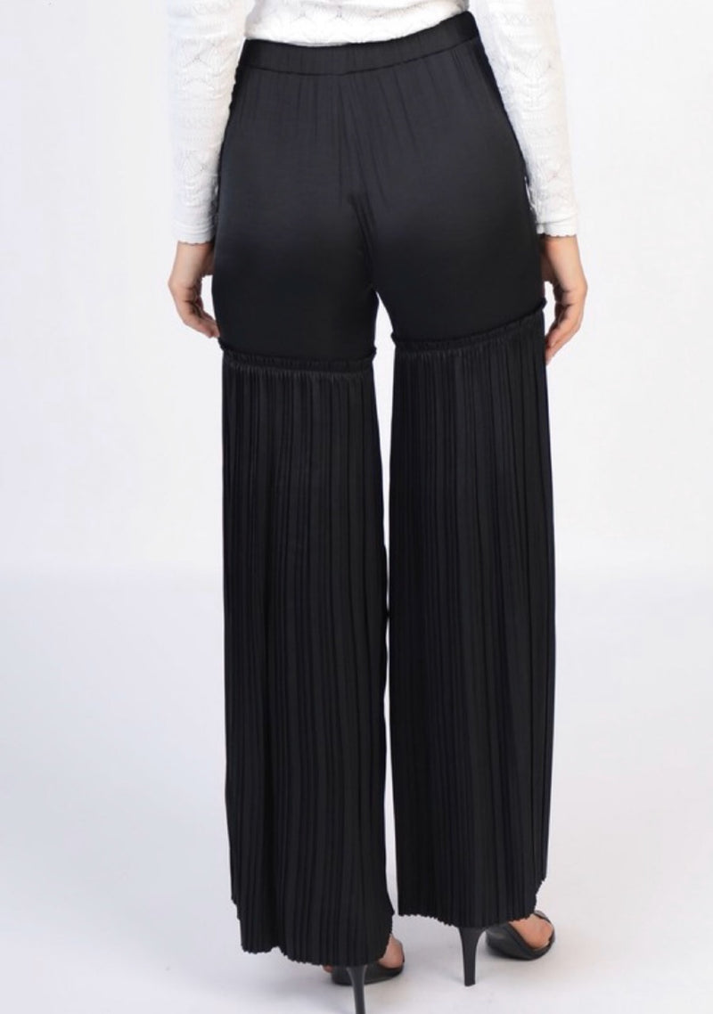 Jenne Pleated Wide Leg Pants - Black - amannequin - amannequin
