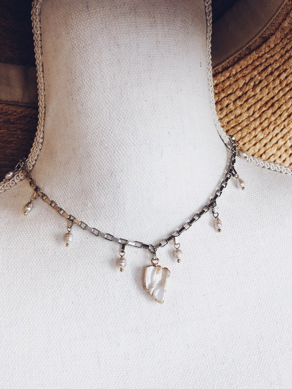 Leilani Silver Mother of Pearl Chain Link Choker Necklace | Womens | Necklaces | amannequin