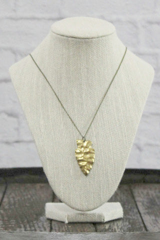 Wild Roses Boutique Gold Arrowhead Necklace