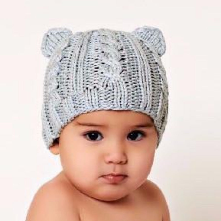 Cable knit hat with bear ears, gray