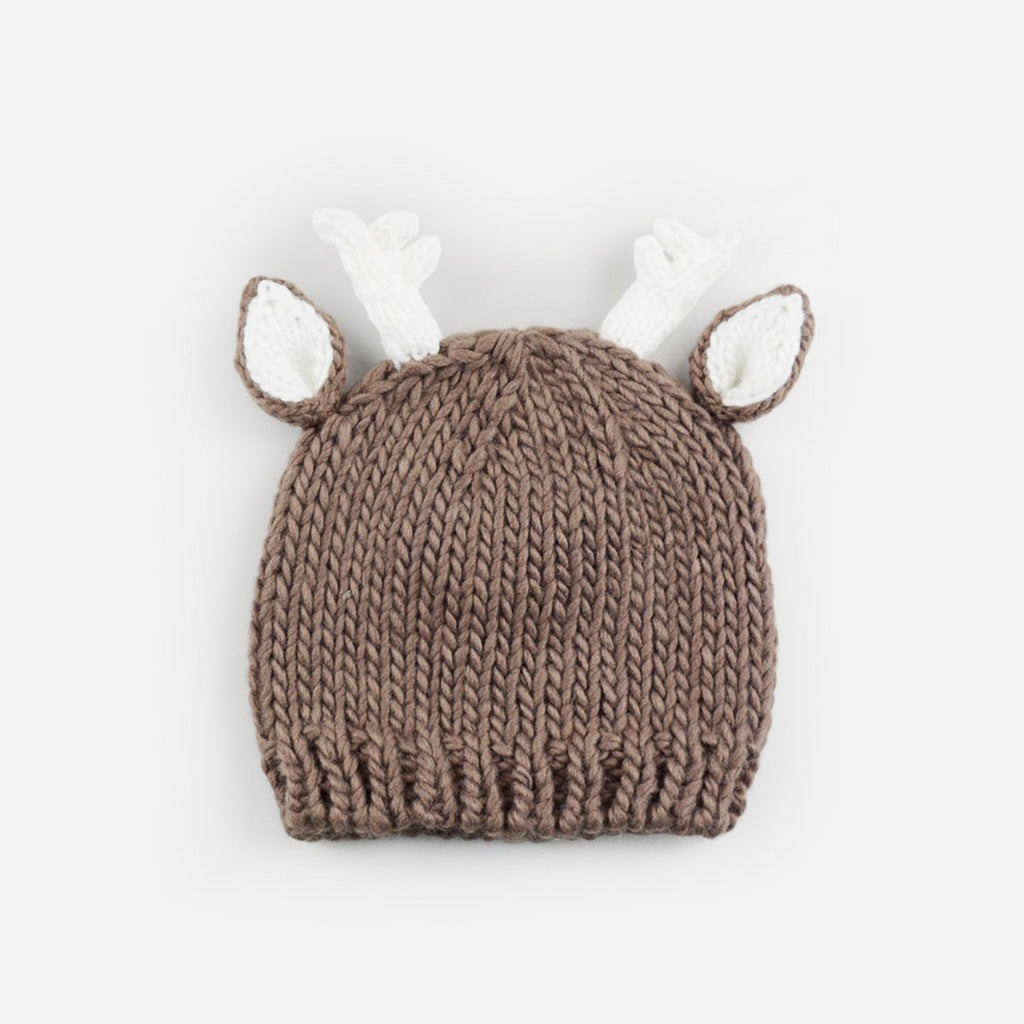 hand knit tan deer hat with white ears and white antlers for baby infant toddler child christmas winter holiday