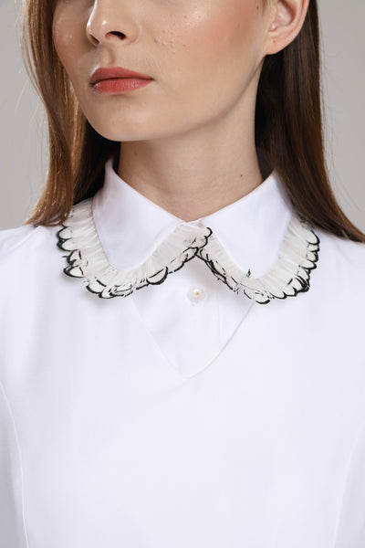 Abbey Feather Collar