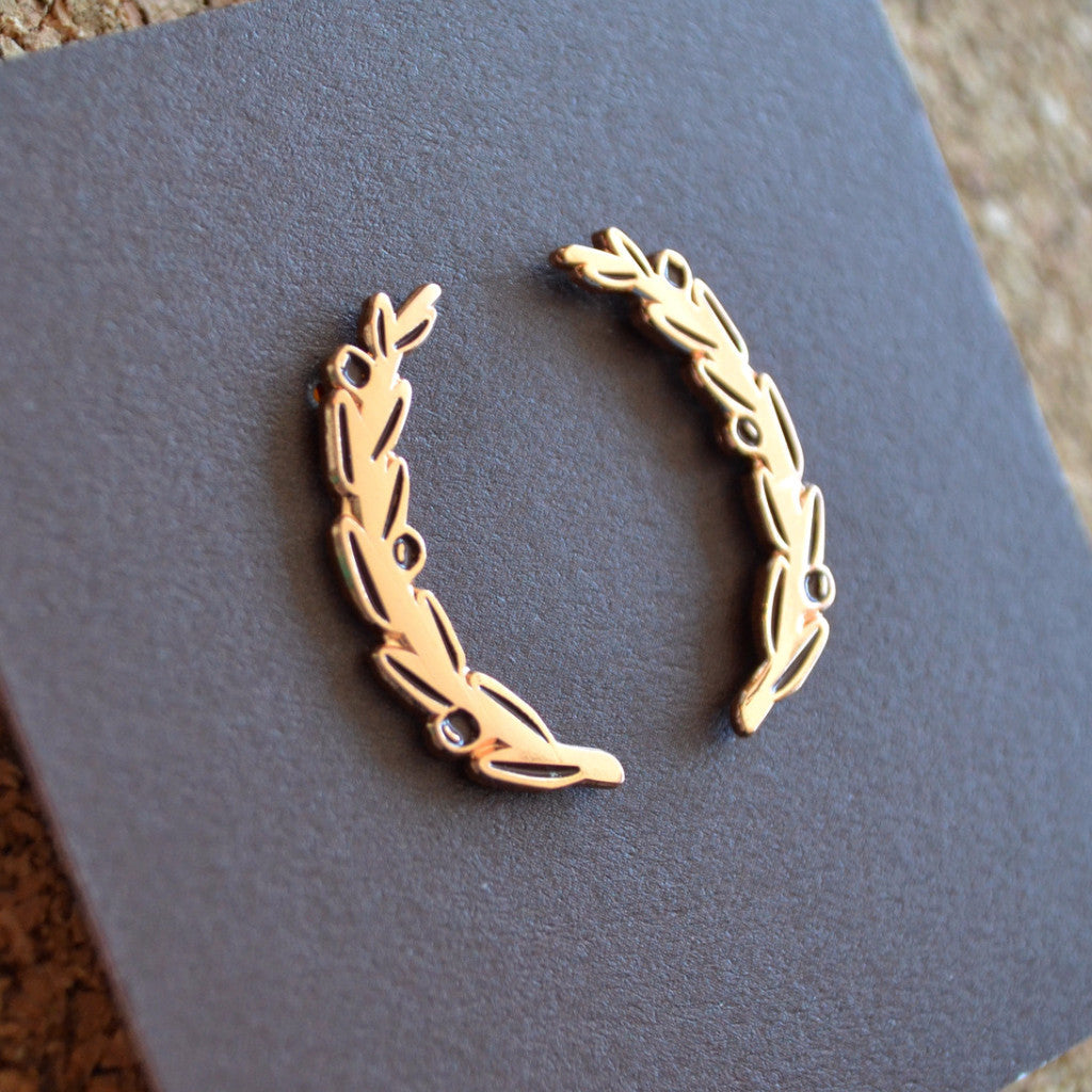 Gorgeous rose gold plating on the Olive Wreath Pin Set.