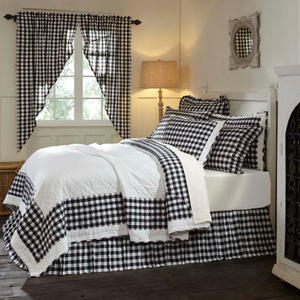 Annie Buffalo Check Black Quilt (Choose Size)