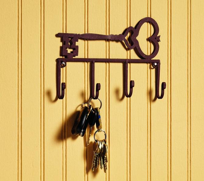 Antique Brown Key Holder