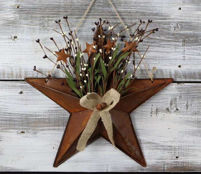 Tin Star with PIP Berries 15""