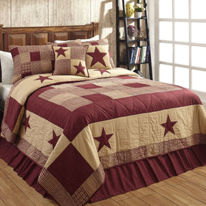 JAMESTOWN Burgundy and Tan Quilted Bedding Set | 3pc. Queen