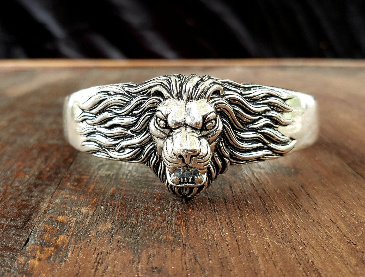 About Lion Jewelry and Home Decor | Culture Cross
