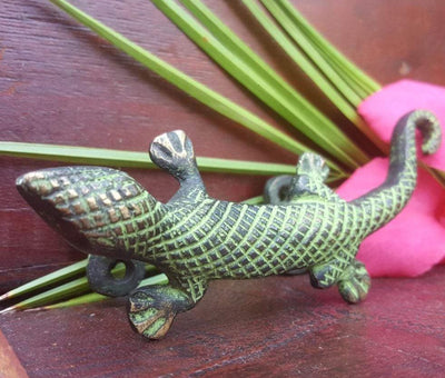 Jungle Lizard Handle -- Culture Cross