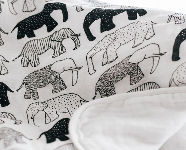 Tusks & Trunks Blanket