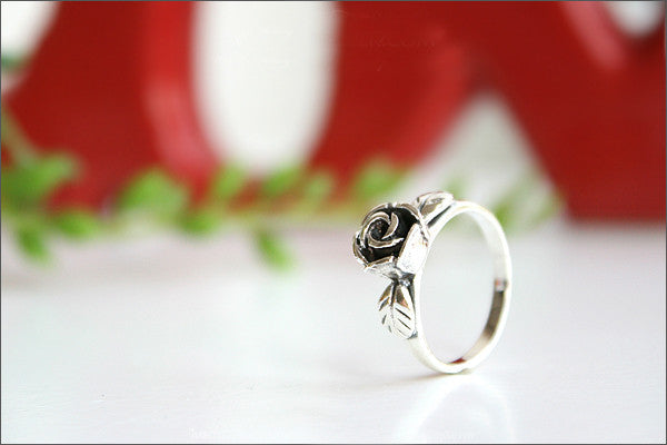 925 Sterling Silver Rose Ring Style Gift Idea Rocker Gothic Woman Jewelry -  Silver ring (SR-033)