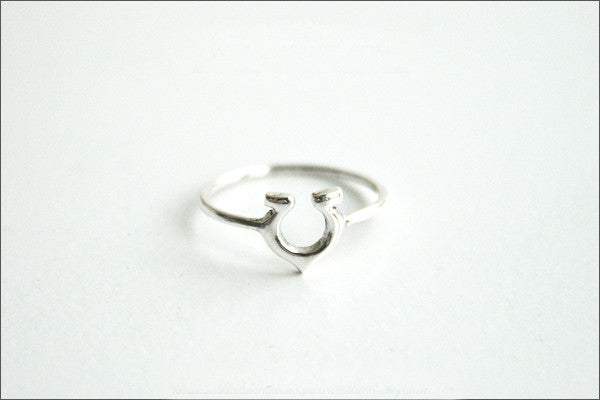 Horseshoe ring, 925 Sterling Silver, Sterling Silver Horse Shoe Ring, Horseshoe Ring Horse Jewelry Silver Ring Sterling Silver (R-94)