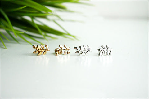 leaves stud earrings - 925 sterling silver leaves stud earrings, Olive leaf earrings, Olive leaf stud earrings, Olive leaf (E-37)