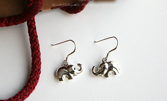 Elephant Earrings - 925 Sterling Silver - Silver elephant earrings (E-32)
