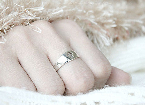 925 Sterling Silver Cross Ring Style Gift Idea Rocker Gothic Woman Jewelry (SR-029)