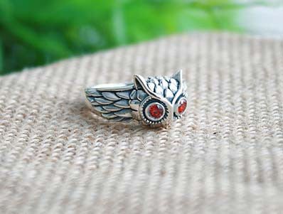 925 Sterling Silver OWL RING  Red Eyes Style Gift Idea Rocker Gothic Woman Jewelry (SR-080)