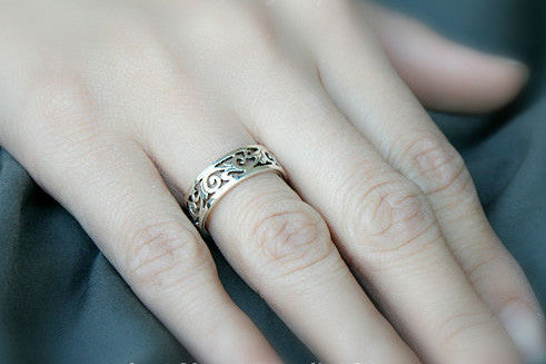 925 Sterling Silver Ring - Princess Crown Ring/ Queen Crown Ring Gift Idea Rocker Gothic Woman Jewelry -  Silver ring (SR-025)