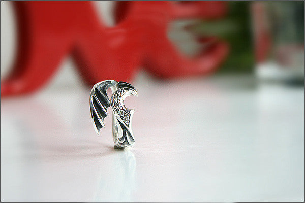 925 Sterling Silver Divinity Wing ring / Wing ring Style Gift Idea Rocker Gothic Woman Jewelry -  Silver ring (SR-74)