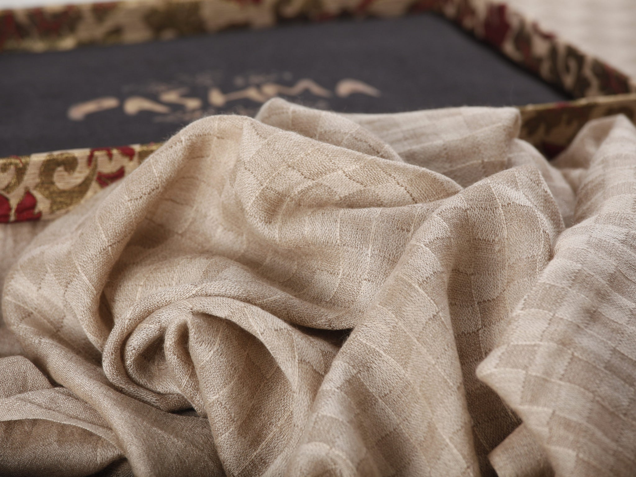 Pashma Luxurious Beige Zari Scarf crafted in Changpa Cashmere