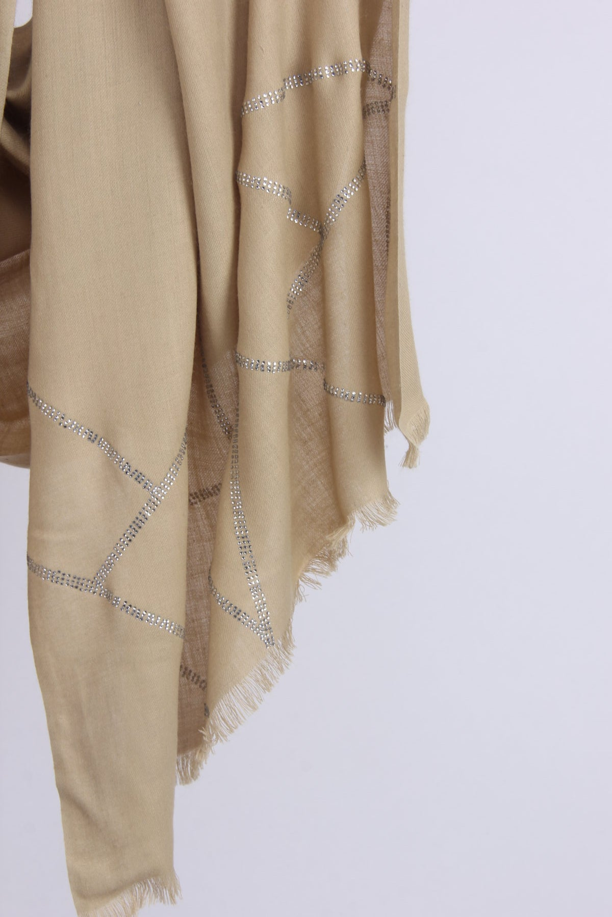 PASHMA SWAROVSKI CRISS-CROSS BAMBOO CASHMERE SCARF CRAFTED IN TWILL WEAVE