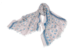 Petite Flowers in a Mesh Scarf in Silk and Cashmere ( White and Blue )