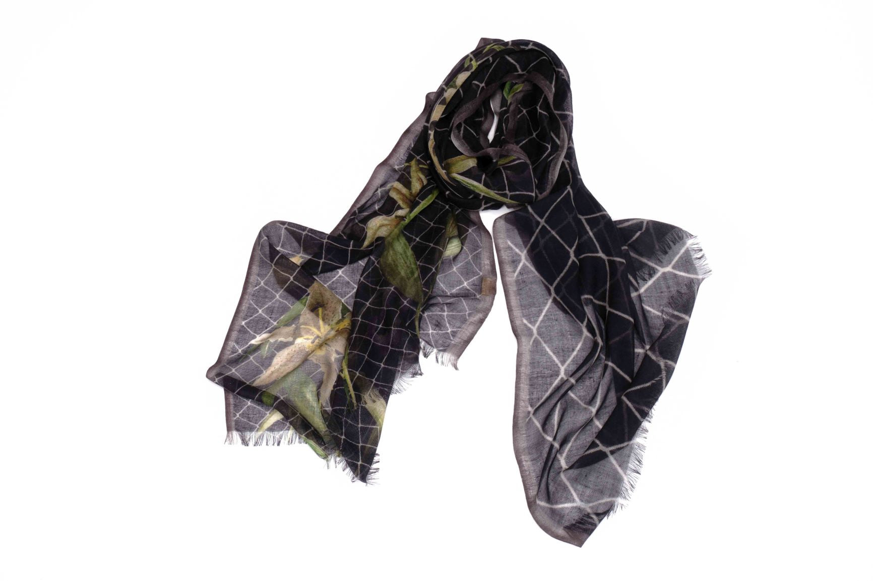 Lifelike Flower Scarf in Silk and Cashmere ( Beige and Black )