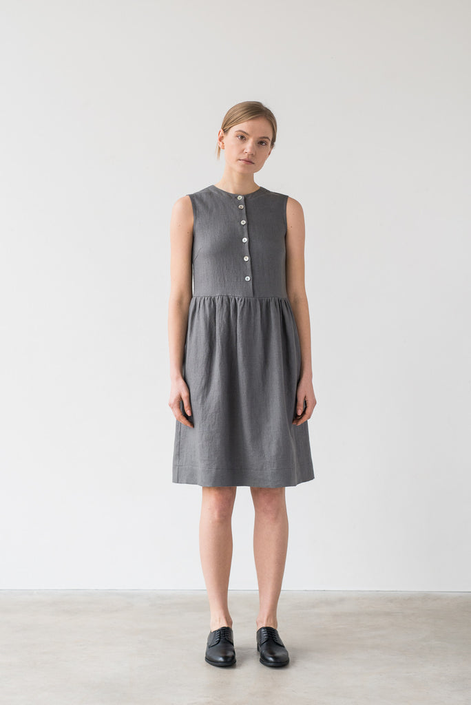 Helena dress in gray