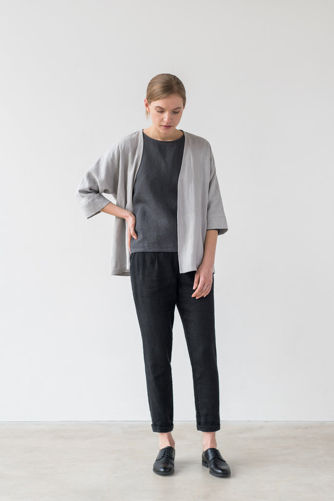 Iris kimono in charcoal gray - Ode to Sunday