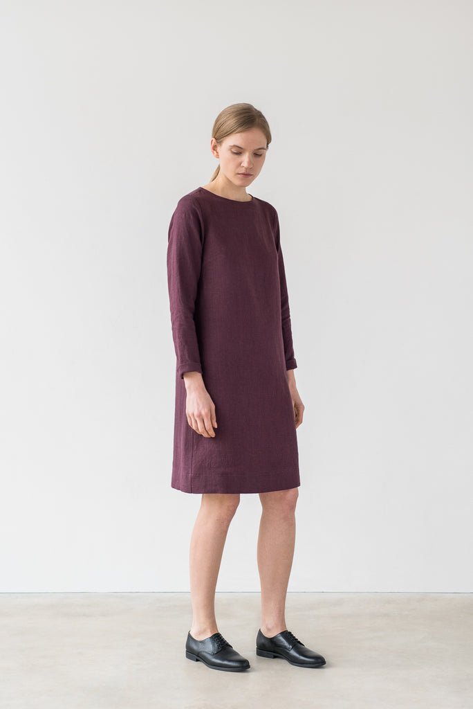 Elsa dress in burgundy