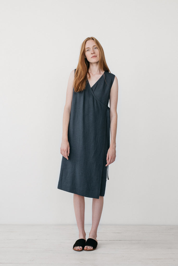 Zoe wrap dress in charcoal gray - Ode to Sunday