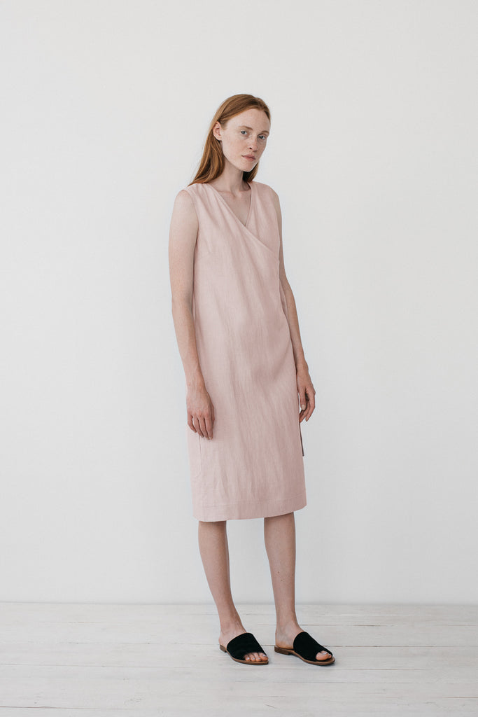 Zoe wrap dress in light pink - Ode to Sunday