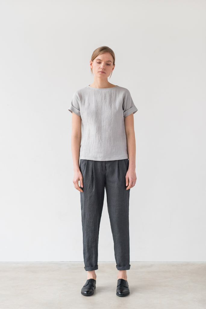 Uma tee in bluish gray - Ode to Sunday