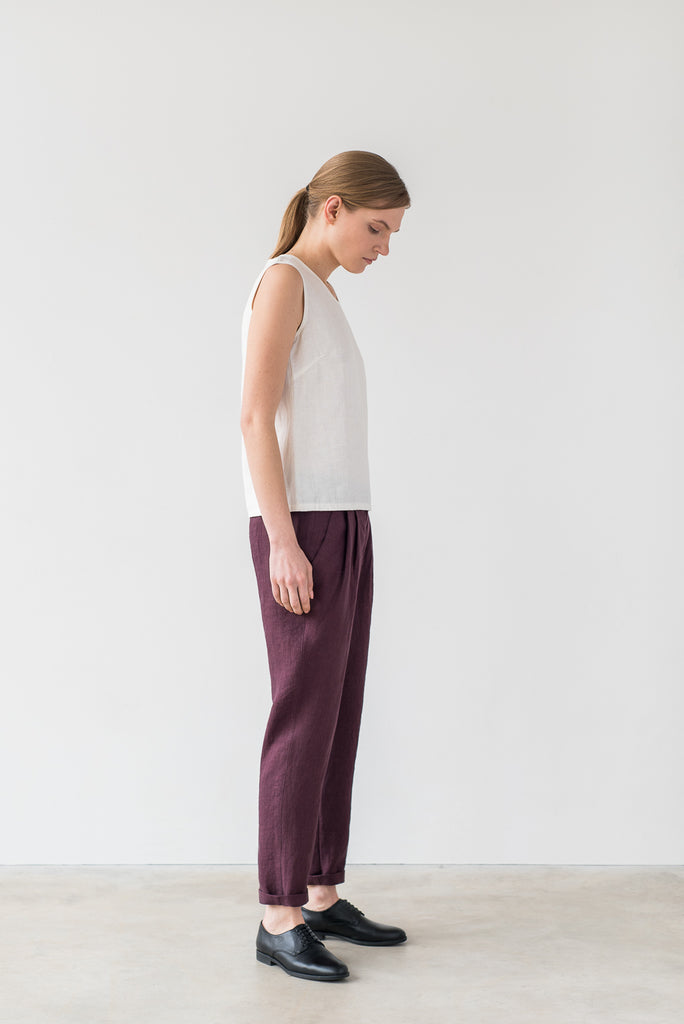 Hanna pants in burgundy